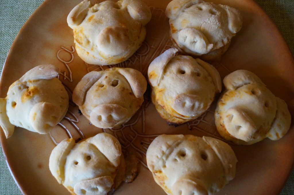 Herzhafte Silvester-Glücksschweinchen