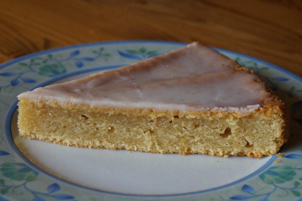 Zitronen-Buttermilch-Tarte
